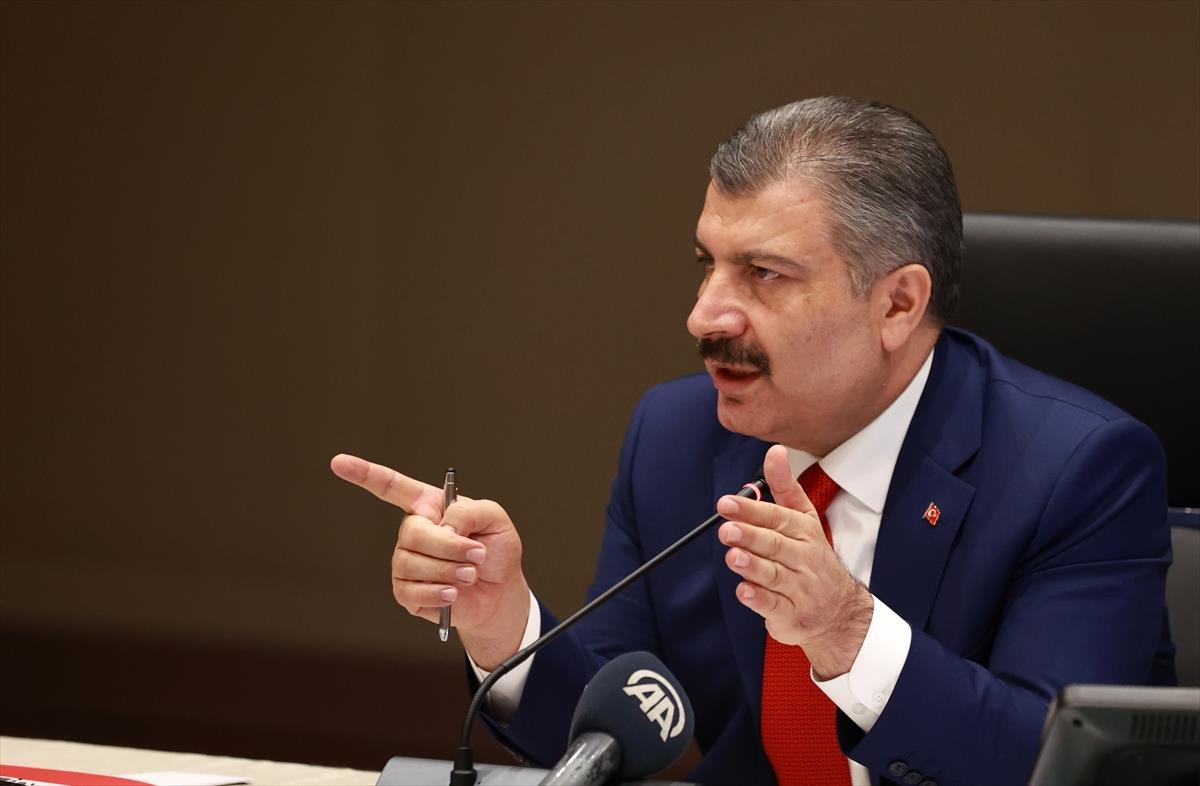 Son Dakika: Türkiye'de 7 Ağustos günü koronavirüs nedeniyle 112 kişi vefat etti, 25 bin 100 yeni vaka tespit edildi