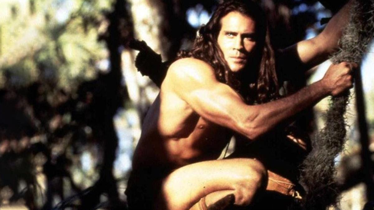 Tarzan rolüyle tanınan ABD'li oyuncu Joe Lara, düşen uçakta hayatını kaybetti