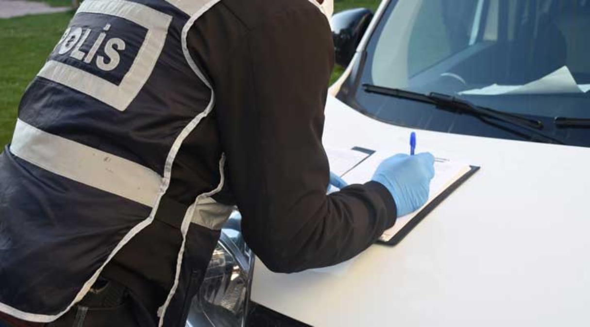Tedbirleri hiçe sayıp paramotorla uçuş yapan 4 kişiye binlerce lira ceza kesildi