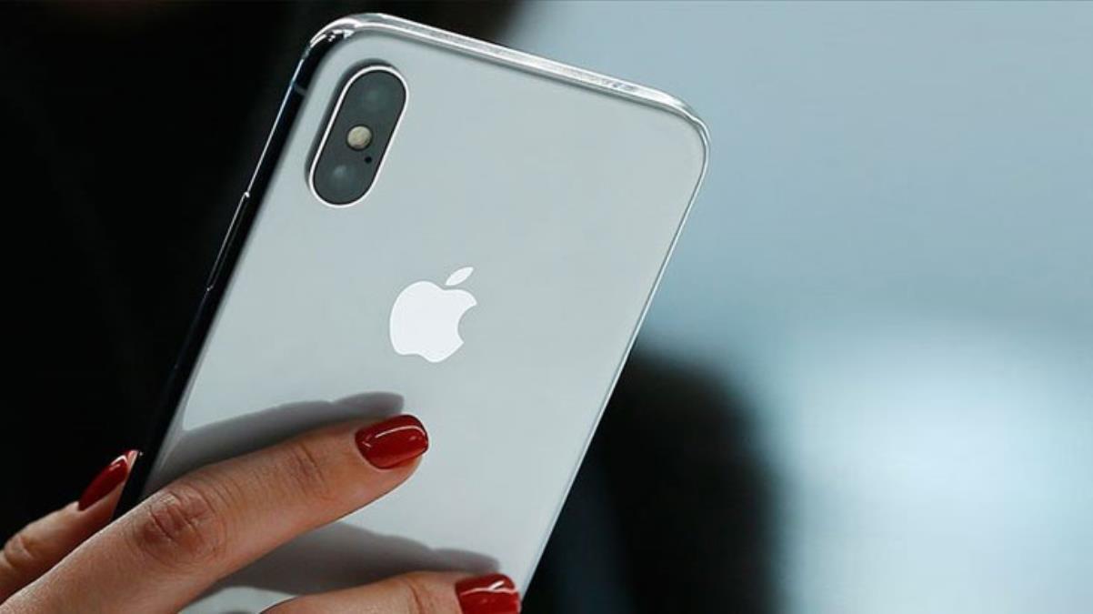 Türkiye'de iPhone sahiplerinin telefonları acı acı çaldı! Ekrana düşen 'Evde kal' bildirimi ortalığı karıştırdı