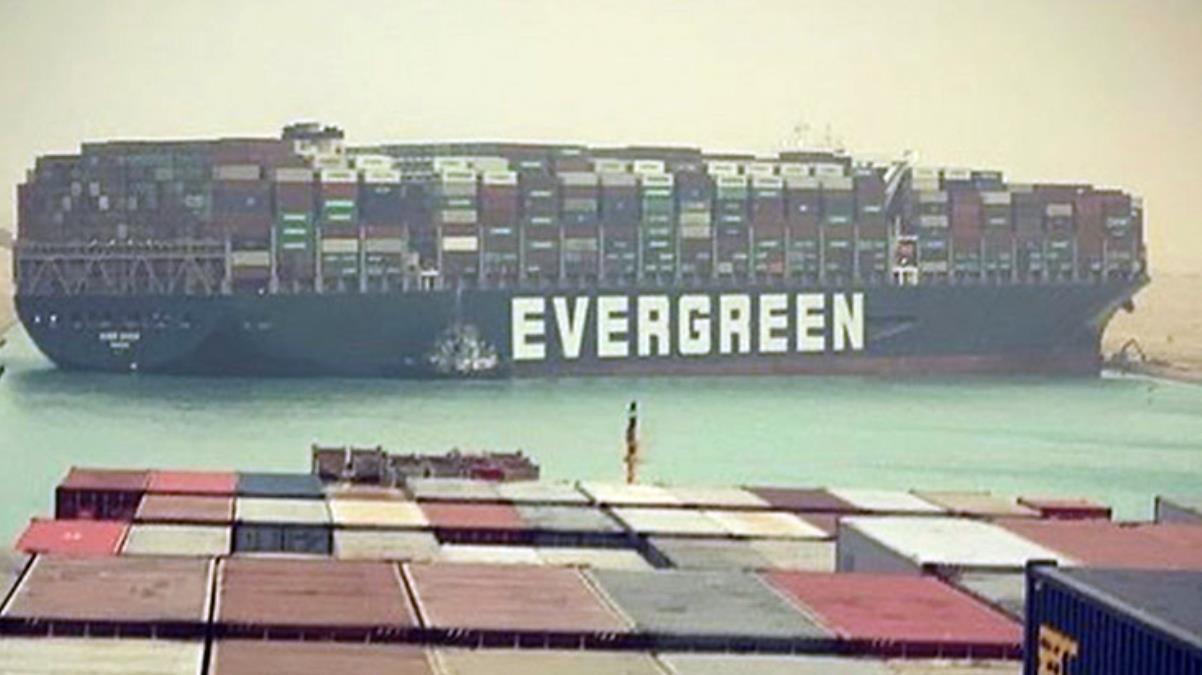 Türkiye, Süveyş Kanalı'ndaki krizi çözmek için devreye girmeye hazırlanıyor: Yardım önerimizi yaptık
