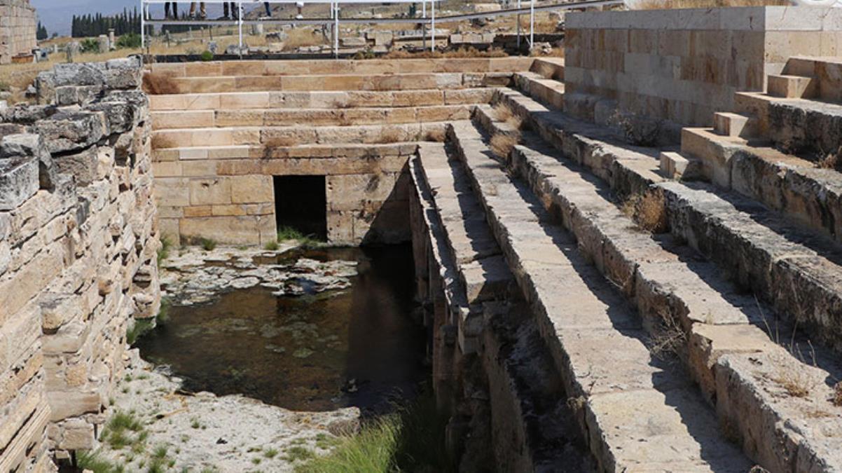 UNESCO listesinde bulunan Cehennem Kapısı'ndaki hayvan ölümlerinin zeminde biriken zehirli gazdan kaynaklandığı ortaya çıktı