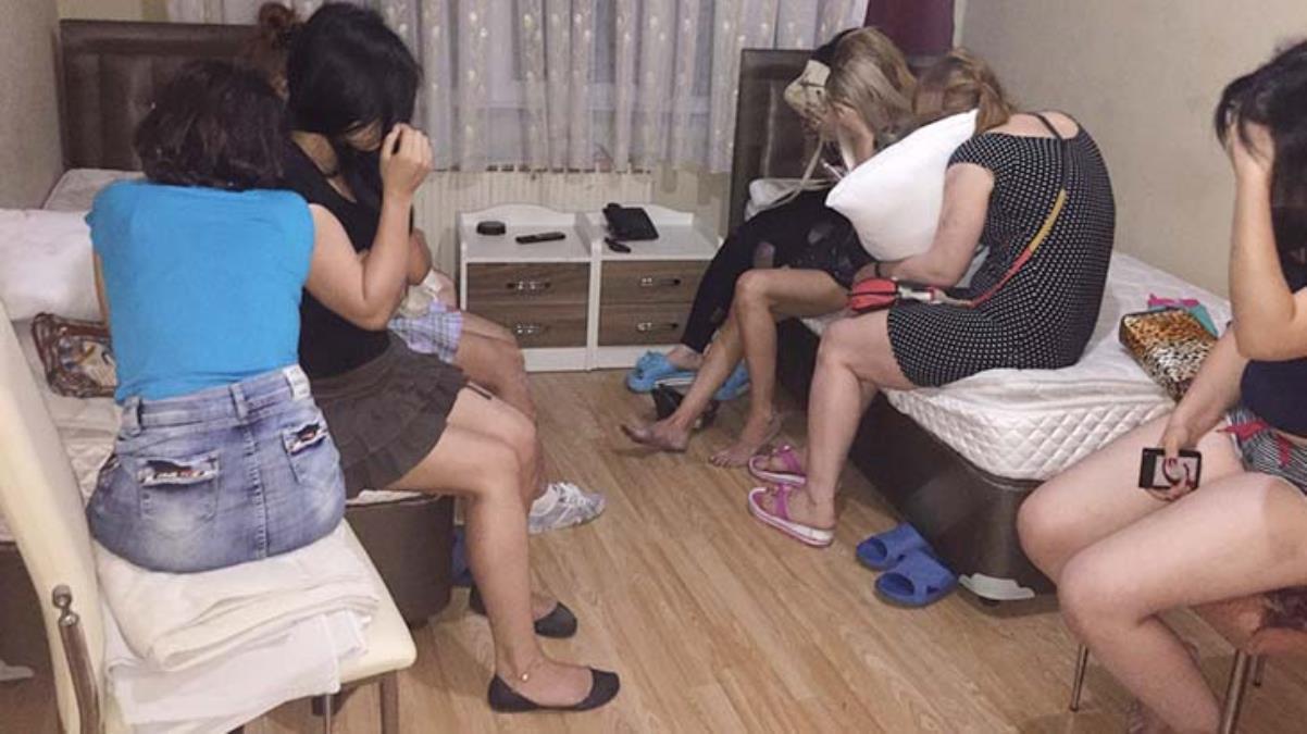 Yol kesip cinsel ilişki teklif ediyorlar! Büyük fuhuş operasyonunda 155 kadına ceza kesildi